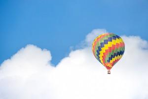 hot-air-balloon-1305605_640